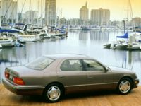 Lexus LS 400